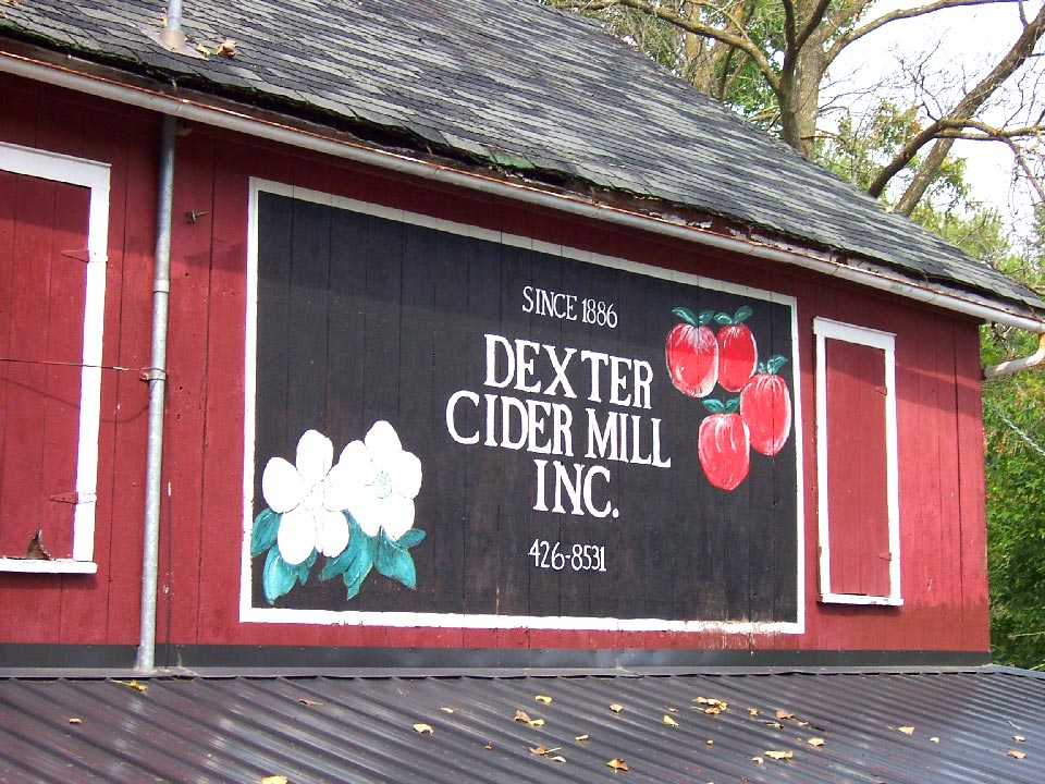 The Dexter Cider Mill In Dexter, Michigan Starts Giving Out Rewards For Kindness